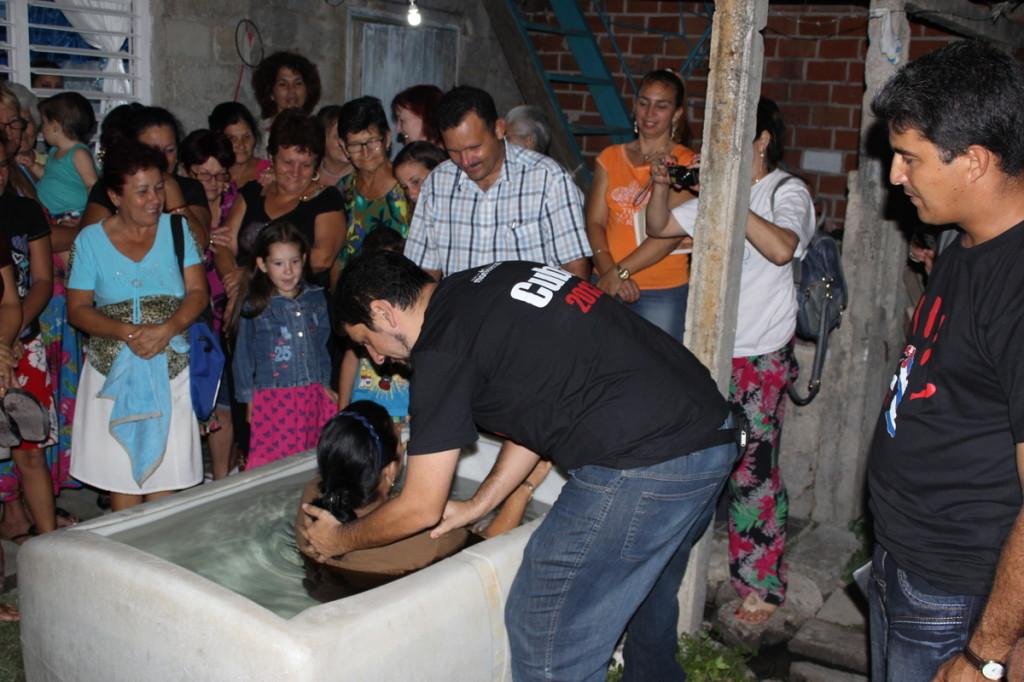 Batismo em Cuba 2013